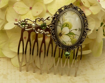 Romantic flower hair comb in silver and fresh green spring hair accessories gift idea woman