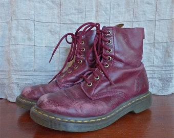 Distressed Cherry Doc Martens Ladies Size UK 5 US 7-8