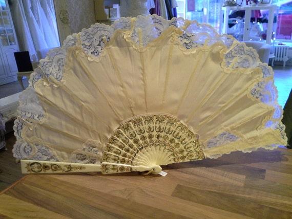 12 Year Wedding Anniversary Gifts: Year 12: Silk Wedding Anniversary Gifts For Her