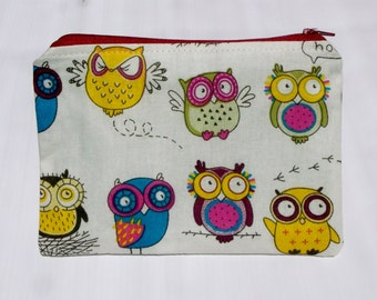 HALF PRICE SALE!  Adorable Owls fabric zipper pouch/ purse/ bag