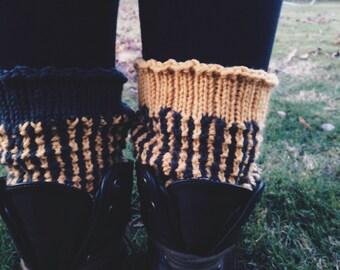 LIZA    knit legwarmers