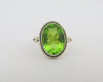 Vintage Sterling Silver Oval Peridot Ring Size 7.25