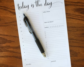 Daily planner notepad with half hourly breakdown, daily planning note pad, day scheduler pad, daily schedule, Daily agenda, daily docket