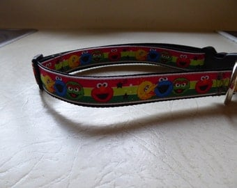 Hand made dog collar in  Sesame street pattern