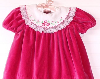 Vintage baby dress. Fusia Pink dress with white lace collar, no name for 6-9 Mo