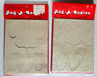 Tole Painting Wood Plaques Hug~A~Bodies by Jan Way, Large Dog,Large Mouse