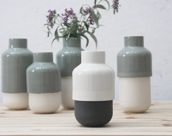 Ceramic vase with modern look in white and black. Flower Vase,Ceramic Flower Pot,Modern Ceramic Vase,wedding gift, housewarming gift idea.