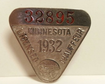Free Shipping!! 1932 Minnesota Licensed Chauffeur Pin #32895