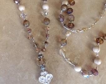 Sparkling Fleur Necklace