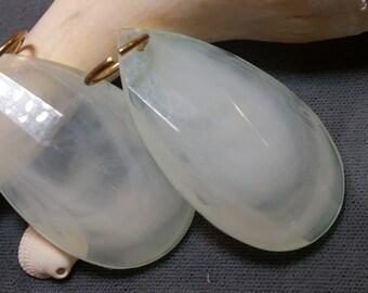 5 Vintage Large Acrylic Tear Drops // Vintage Green Translucent Tear Drop Charms