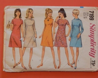Simplicity 7199 Vintage 1960's dress pattern with interesting front bodice Size 12