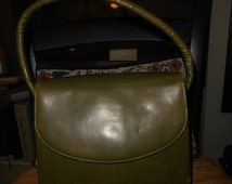 prop purse  // costume purse // lovely puke green  // lovely pistachio green // lovely pea green
