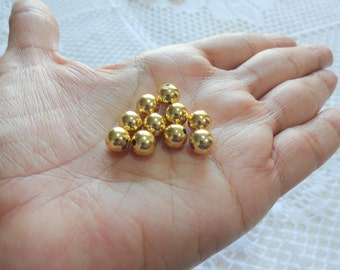 8 mm Gold Plated Copper Round  beads /Ball beads/Jewelry supplies - 35 count