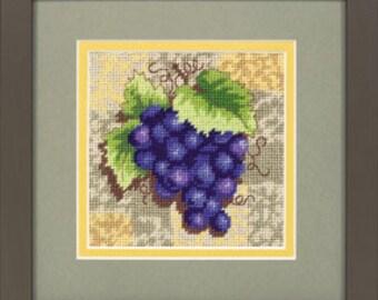 Grapes on Tile (floss/wool) needlepoint kit