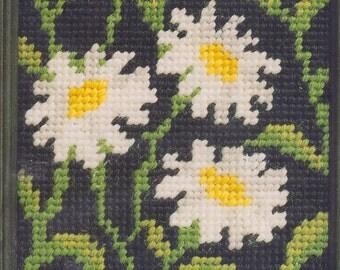 Daisy needlepoint kit (England)