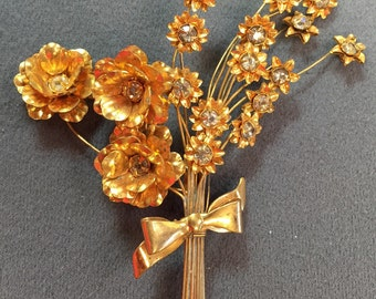 Large and Unusual Vintage Floral Rhinestone Brooch-1940's.  Free shipping