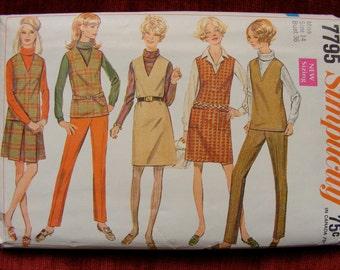 "1960's Vintage Misses' Wardrobe Sewing Pattern Jumper top skirt pants Simplicity 7795 size 14 bust 36"""