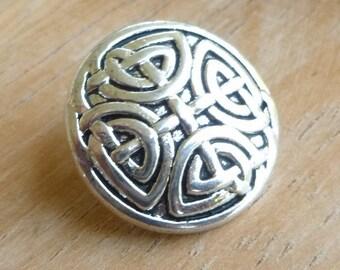 Silver Celtic Knot Buttons - Celtic Knot Button - Shank Button - Metal Button - Wrap Bracelet Button - Silver Shank Button - Metal Buttons