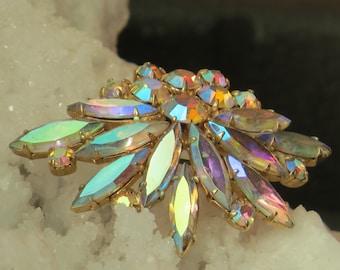 AURORA BOREALIS BROOCH / Stunning Rhinestone Brooch / Brooch / Vintage Pin / Bridal Jewelry / Vintage Wedding