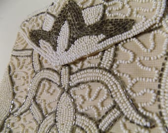 Vintage Beaded Pouch Purse / Bridal Clutch / Special Occasion