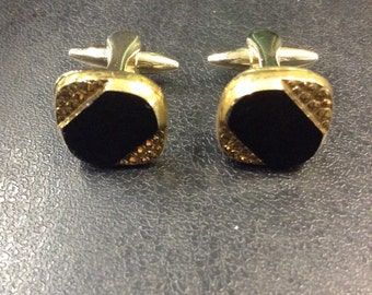 Gold plated onyx cuff links