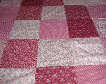 Must have quilt, All the pinks, Unique quilt, Full size, King size quilt,Hand made with love,Will enhance any room
