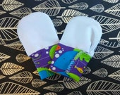 Sea Creatures Waterproof Teething Mittens for Finger Chewing Babies * velcro cuff*