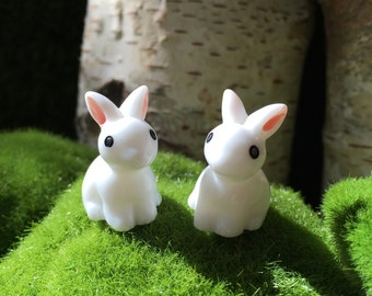 Snow White bunnies to accesorise your fairy/gnome garden