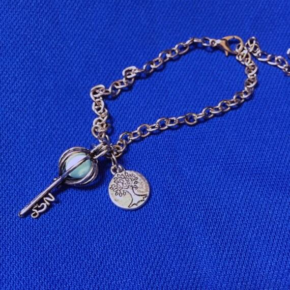 Vintage Style Key Bracelet Tree of Life Pendant Glow Bracelet with UV Torchlight Included Aqua Glow in the Dark Jewelry Gift
