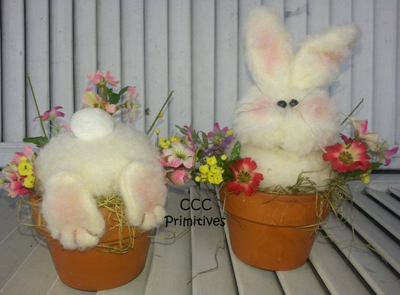 Busy Bunny's - Handmade Bunny's in Flower Pot - Country Bunny - Fuzzy Bunnie - Primitive Bunny's - Spring Bunny's - Easter Bunny's