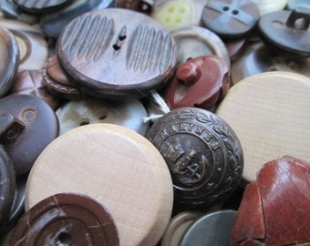 Brown Buttons.  250 Brown buttons, bulk buttons