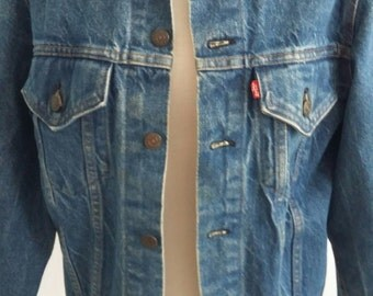 vintage levi jacket great condition