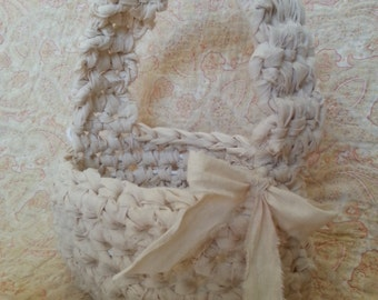 crocheted fabric strip basket