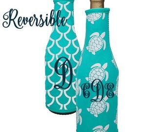 Wine Bottle Cover / Insulated Sleeve ~ Personalized, Custom, Monogram ~ Reversible ~ Turtle ~ Nautical
