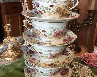 Set of 4 Vintage Zsolnay Hungary 1868 teacups and saucers - Butterfly