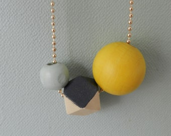 Geometric necklace wooden beads Ochre grey and Mint