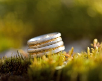 Engagement rings with gold leaf