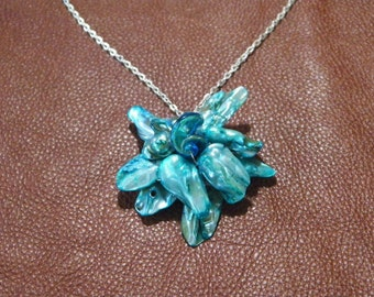 Freshwater Pearl Flower Pendant Necklace