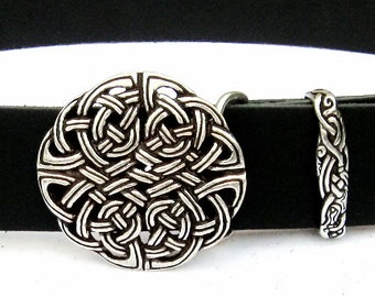 Leather-belt with Celtic knot work buckle - [10 Ke-Bu 4 KK:]