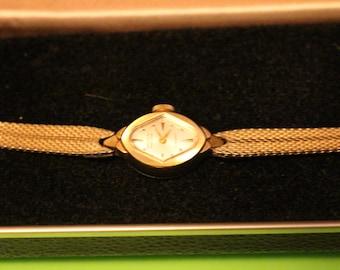 Vintage Gruen Ladies Watch 17 Jewel Precision 10K Gold filled Swiss