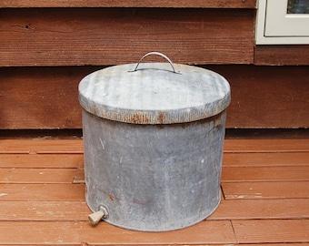Large Heavy Galvanized Bucket, Vintage Galvanized Storage Bucket, Covered Bucket