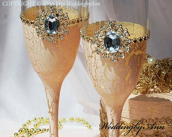 Blush and Gold Wedding Flutes, Wedding Toast Glasses, Bride And Groom, Personalized Toasting Flutest, Wedding gift