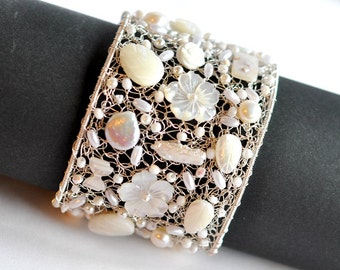 Bridal statement cuff bracelet, pearl bridal bracelet, bridesmaid bracelet,  wedding jewelry