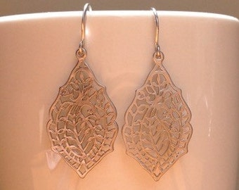 Matte silver leaf filigree earrings