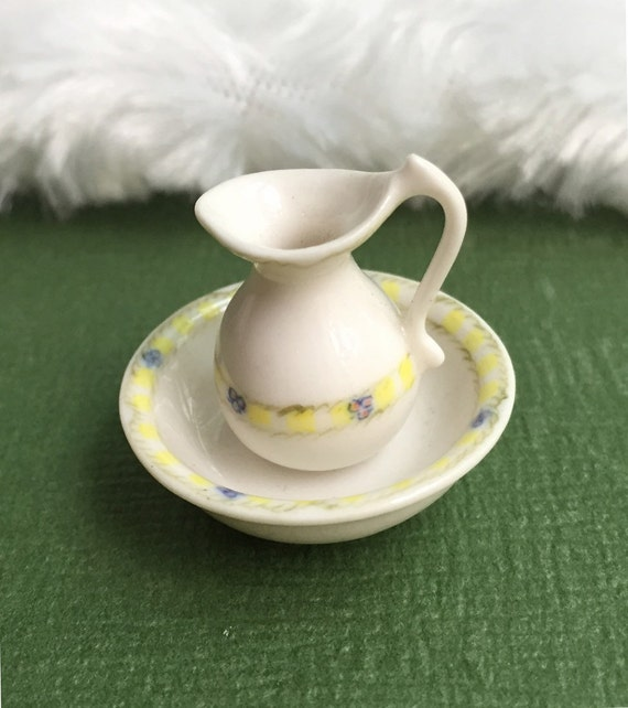 Miniature Pitcher and Bowl,Miniature Empty Pitchers and bowl,Dollhouse Pitcher,Miniature Water Pitcher,Miniature Bowl,Pitchers