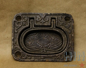 Antique, Eastlake, Surface Mounted, Cast Iron, Trunk/Drawer/Desk pull.  Item27b