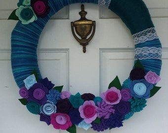 Yarn Wreath, Flower Wreath, Year round Wreath