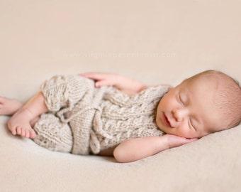 Newborn Pants Overalls,Newborn Photo Prop.Baby Pants Short..Knitted Newborn Pants.Baby Girl Pants..Beautiful Pants