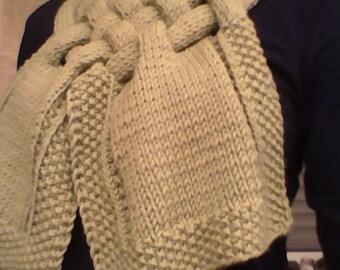 Cross scarf. 100% Merino Wool