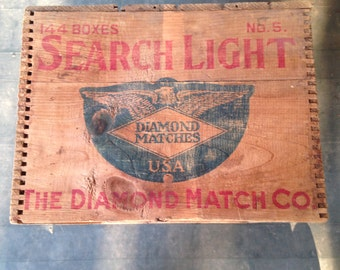 Vintage  Advertising  Dovetailed  Crate  The  Diamond  Match  Co.